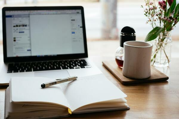 Psychologie et psychothérapie en ligne : que dit la recherche scientifique sur leur efficacité ?