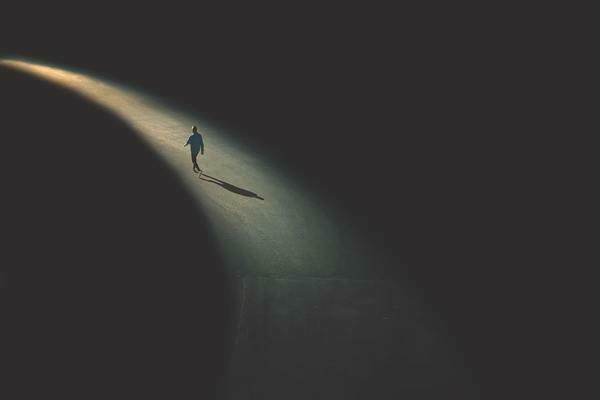 Je me sens seul.e : comment apprendre à profiter de la solitude ?
