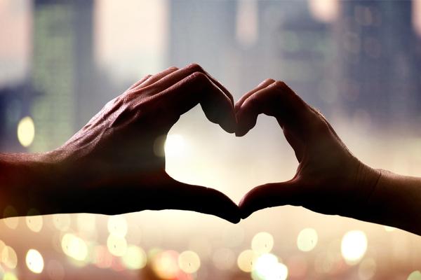 5 mensonges qu'on nous dit sur l'amour et que l'on devrait ignorer