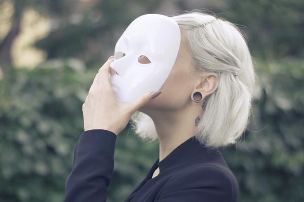 5 signes avant-coureurs pour reconnaître un narcissique