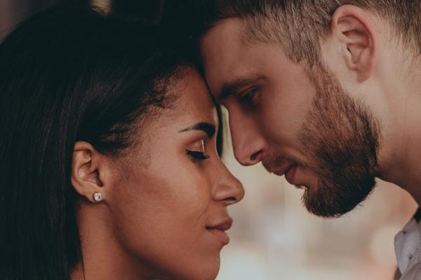 Pourquoi tombons-nous amoureux de personnes dont nous ne devrions pas ?