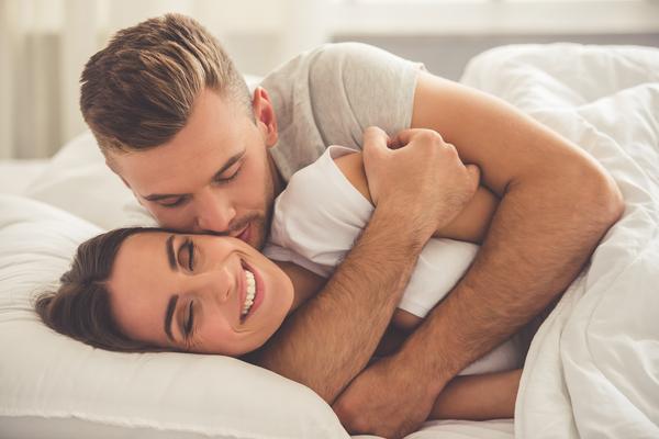 5 signes surprenants que vous surprotégez trop votre partenaire
