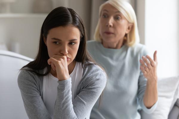 Comment réparer les dommages causés par un parent narcissique ?