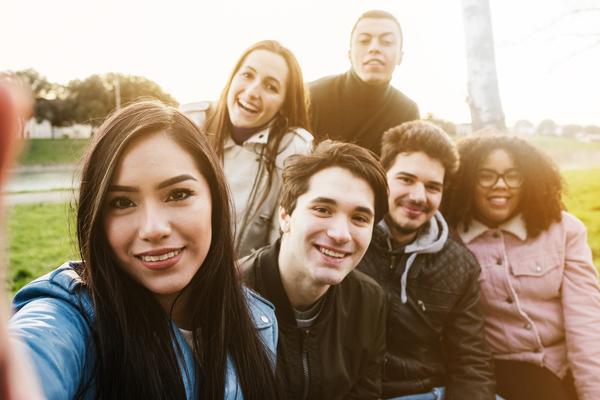 """La construction de l'identité des jeunes dans un monde """"accéléré"""""""